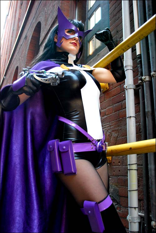 & Sexy: Huntress Cosplay [Pic]