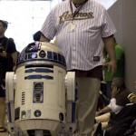 R2 D2 (New York Comic Con 2011)