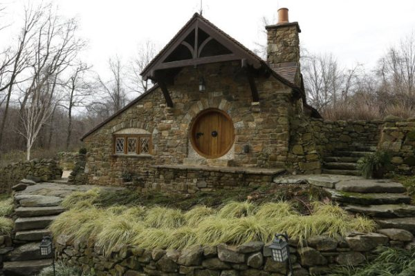 hobbit-house-1