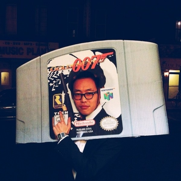 Game-cartridge-costume