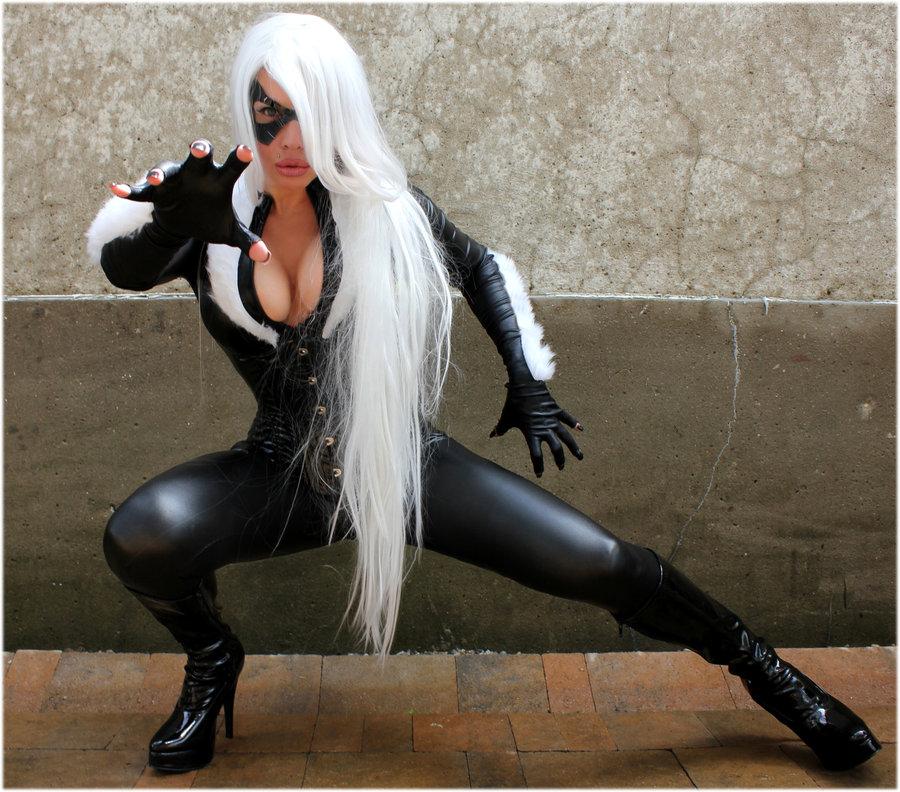 black-cat-naomi