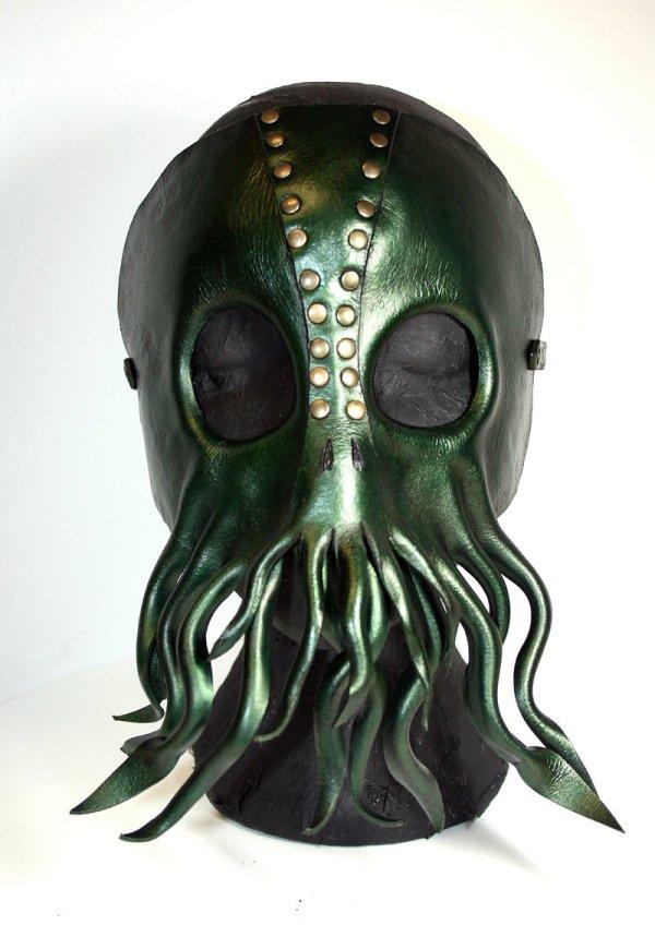 Cthulhu mask 1