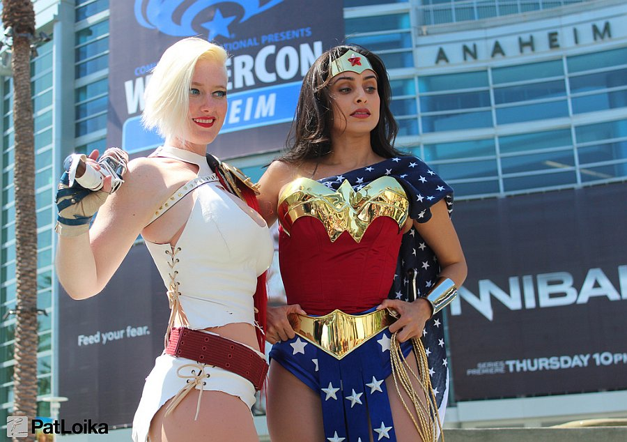 Power Girl and Wonder Woman - Picture by Pat Loika - WonderCon 2013