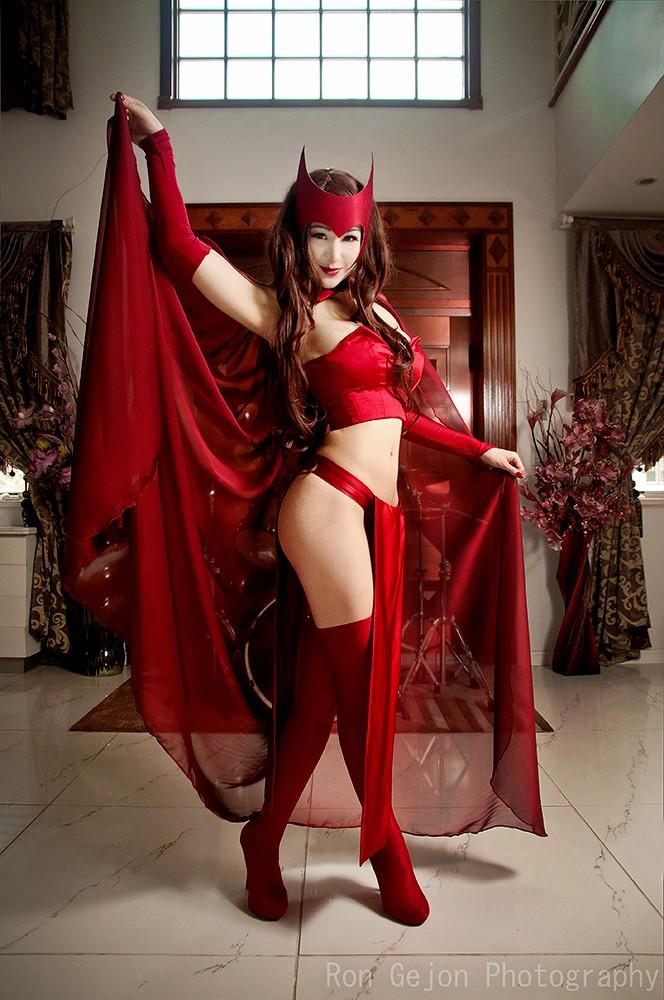 scarlett-witch