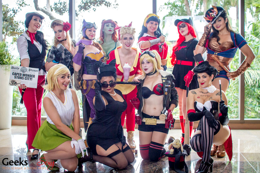 Pin-Up Gotham Girls - SDCC 2014 - Geeks are Sexy