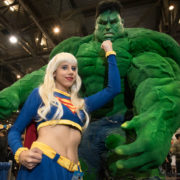 Supergirl and The Hulk - Quebec City Comiccon 2016 - Photo by Geeks are Sexy