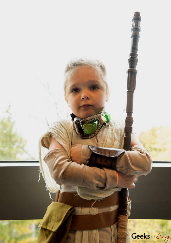 little rey posted with permission   quebec city comiccon