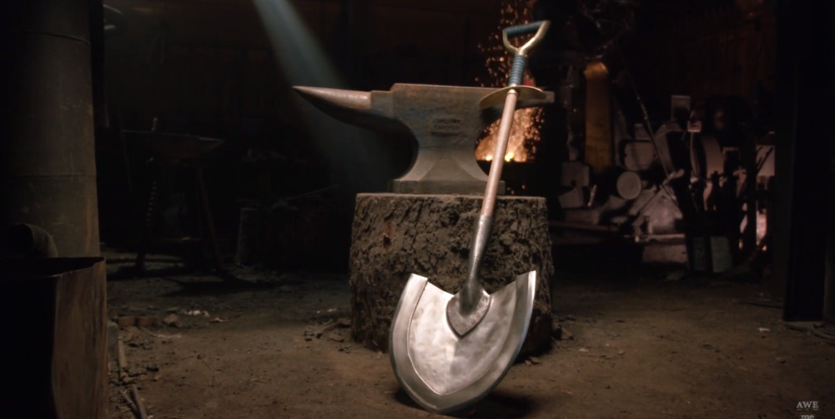 Forging the Shovel Blade from Shovel Knight in Real Life Video