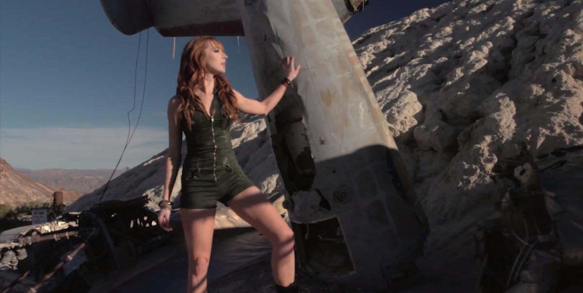 EDGE OF THE WORLD: A Live Action Tomb Raider Music Video Ft. Lisa Foiles